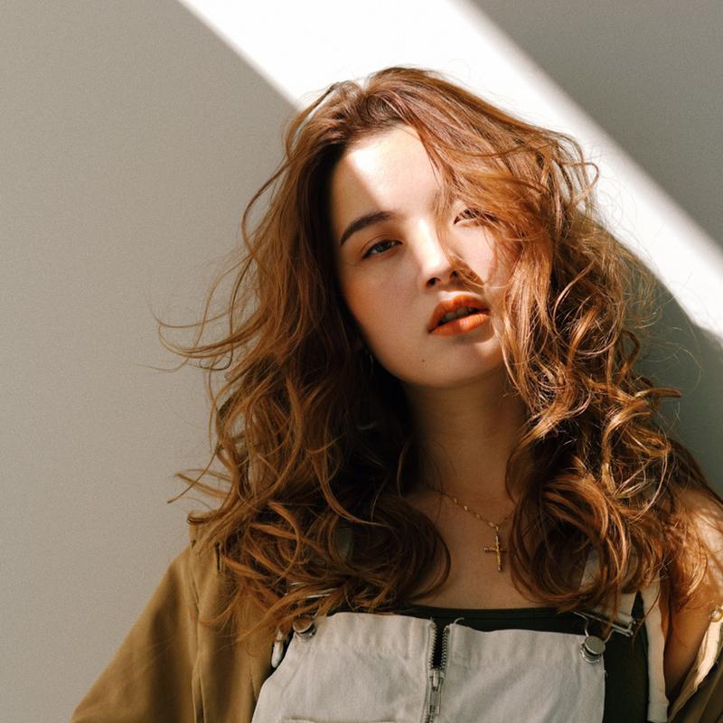 【2020年】「なりたい」髪型が見つかる憧れのロングヘアカタログ