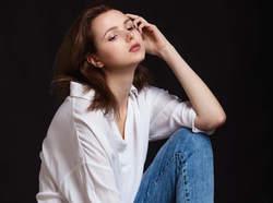 いつもより新鮮に着こなす♡白シャツのインナー着回し7選!