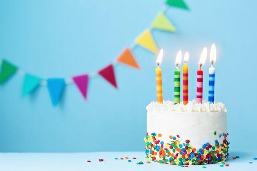 女性への誕生日プレゼントはこれで決まり!心射止めるプレゼント特集