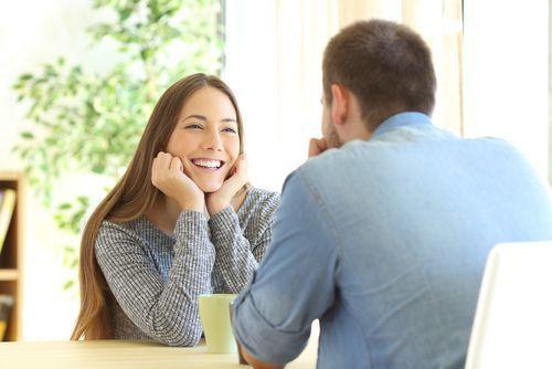 """男性が初対面から""""恋人にしたい""""と感じる女性の第一印象とは?の1枚目の画像"""
