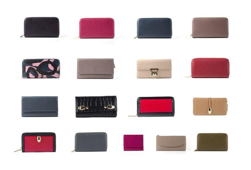 プレゼントするならこれ♡ロエベの人気レディース財布を徹底調査♡