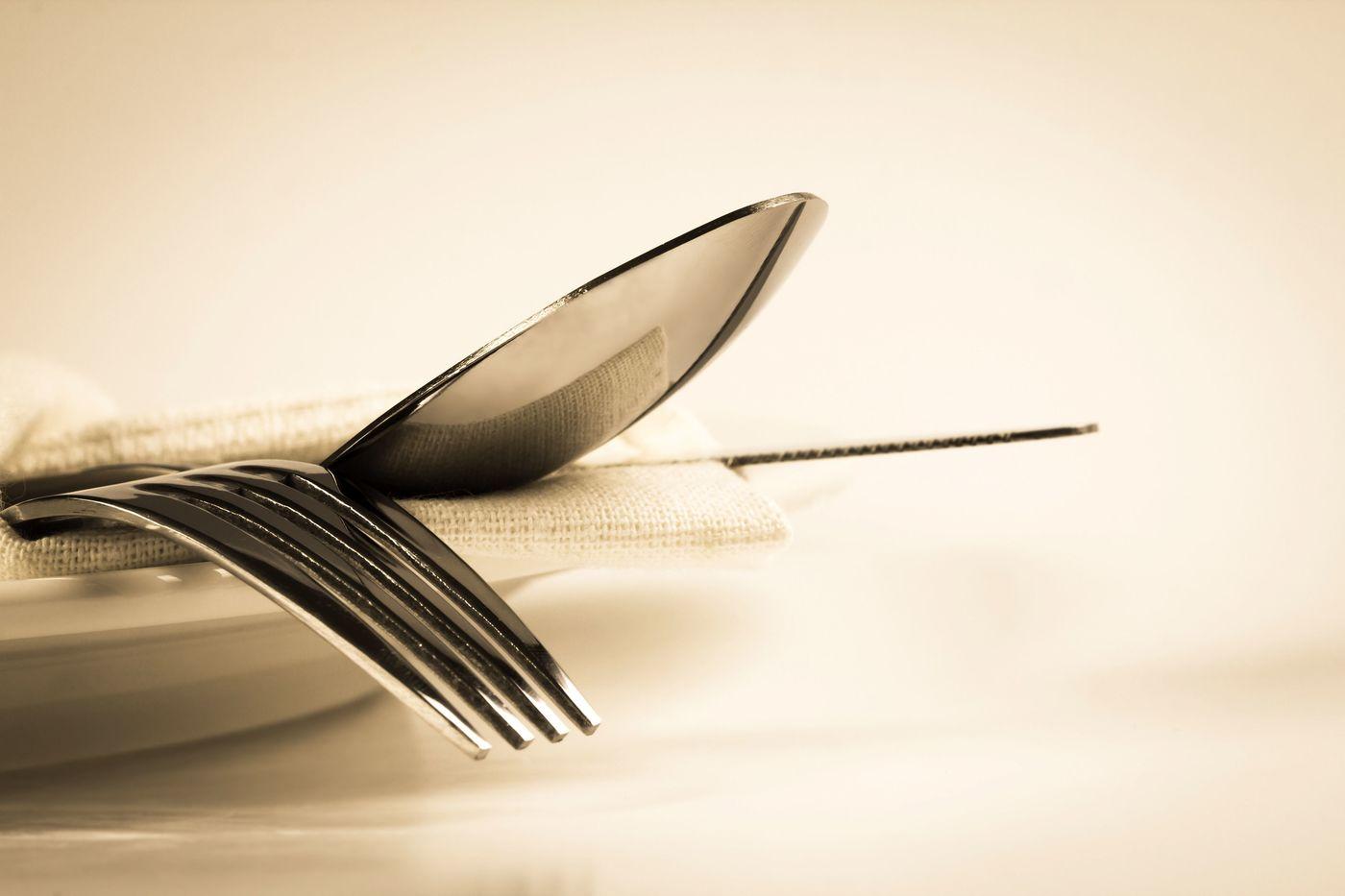 いつもの食卓がお店みたいに変身♡おしゃれなカトラリーケース紹介の1枚目の画像