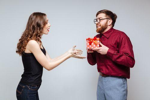 男女ともに嬉しい!プレゼントにぴったり「メガネケース」まとめ♪の4枚目の画像
