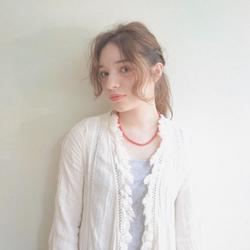 今っぽ♡おしゃれなポニーテールのアレンジ7選【ミディアム編】