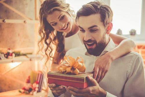 付き合いたての彼氏にあげたい!おすすめプレゼントを徹底調査♡