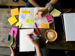 苦手な英語も楽しくなっちゃう♪かわいい付箋で賢いノート作りを!