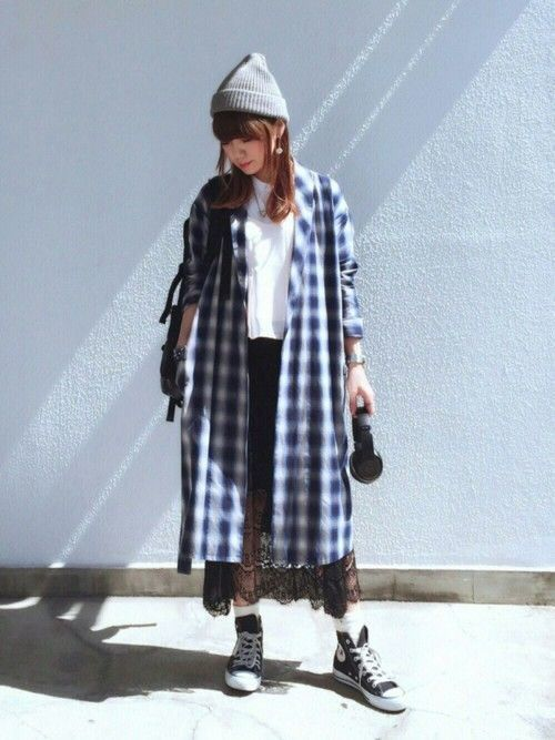 レーススカートでフェミニンな着こなしに♡シーズン別コーデ15選の2枚目の画像