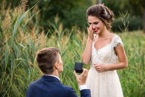 20代でもお給料3ヵ月分じゃなきゃダメ?婚約指輪の相場調べの1枚目の画像