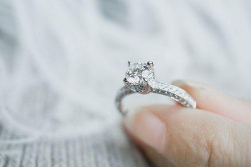 20代でもお給料3ヵ月分じゃなきゃダメ?婚約指輪の相場調べの6枚目の画像