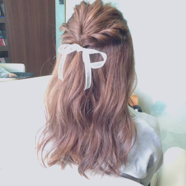 簡単かわいいが叶う♡【ねじりんぱ】で女子力アップなヘアアレンジ♪