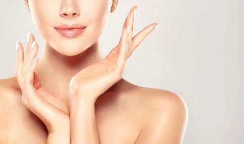 しっとりうるおう♡肌ラボのスキンケアで透き通る美肌を叶えようの2枚目の画像