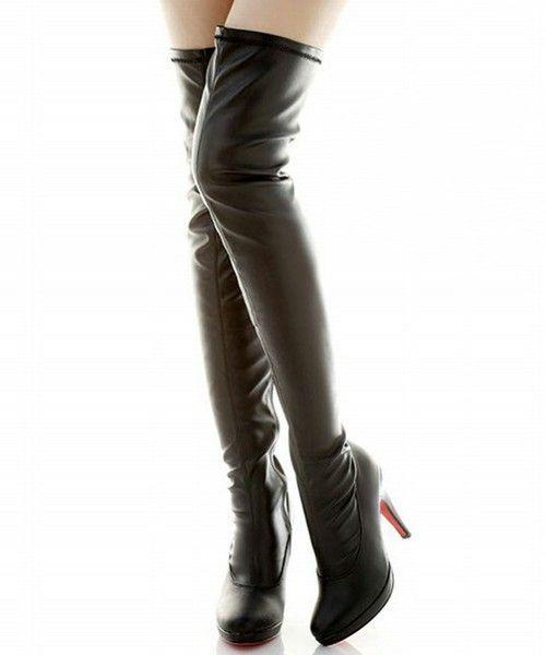 きれいな脚見せを叶える【サイハイブーツ】流行アイテム&コーデ紹介の1枚目の画像