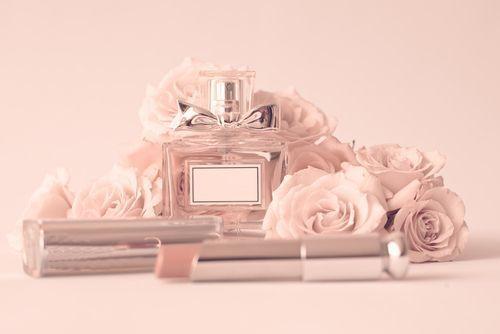【ブランド別】あなたの魅力を香りで引き出す♡人気の香水13選!の1枚目の画像