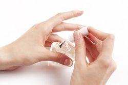 【キューティクルオイル】爪への効果やおすすめ商品をご紹介!