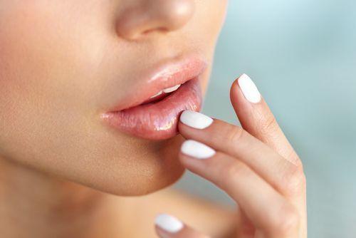 男性がキスしたくなる唇とタイミングって?魅力的な唇になる方法♡の1枚目の画像