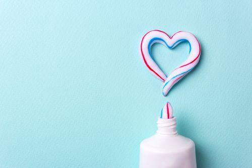 オーラツーですてきな白い歯に♡毎日の歯磨きを見直してみよう。