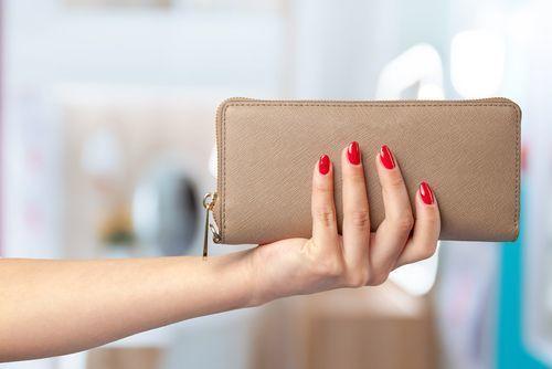b4ae30a0e153 上品で刺激的♡ MARC JACOBSの財布がかわいいんです!   ARINE [アリネ]