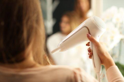 ヘアケアはブローが命!美容師おすすめドライヤー&正しい使い方とはの5枚目の画像