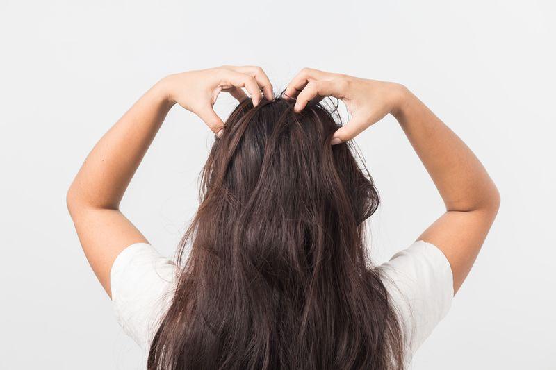 後ろ髪美人になりたい。その願い、【大島椿のヘアオイル】で叶えて♡