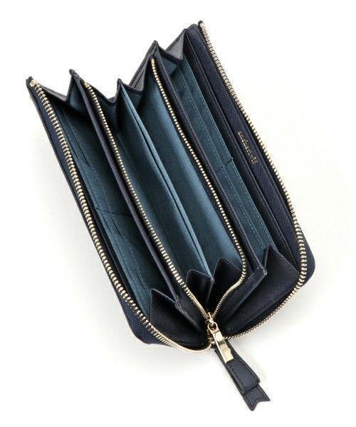 9fea98cdc8f7 女の子らしさがたっぷりつまったお財布♡可愛いのに収納力たっぷりでカードもたくさん入れられる!中身の様子はこちら。