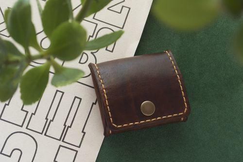 人気ブランドのおすすめレディース小銭入れ35選!プレゼントにも♡の2枚目の画像