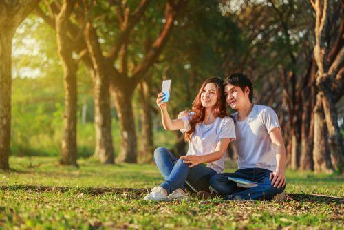同じポーズはもう飽きた!韓国カップルに学ぶ可愛い写真の撮り方♡の27枚目の画像
