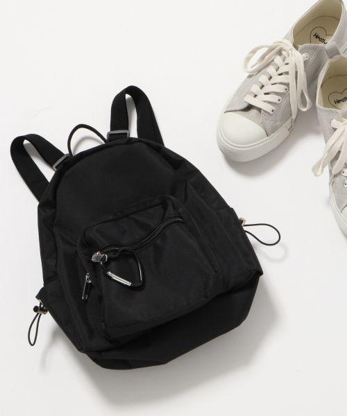 9eca0415aa この2つには大きさの違いがあり、日本では登山や旅行用などの大きなものを「バックパック」、日常生活に使う小さなものを「リュックサック」として呼び分けられている  ...