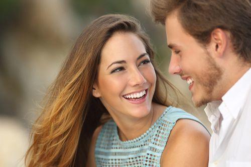 """もしかして""""一目惚れされた""""?男性から見た惹かれる女性の魅力とは"""