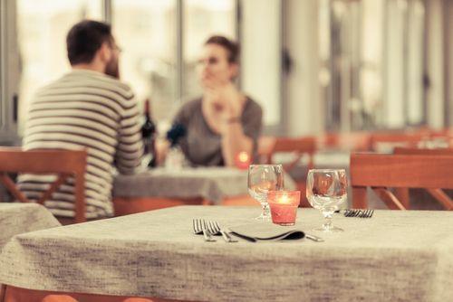男性がキュンとする♡【居酒屋デート】で距離を縮めるテクをご紹介の2枚目の画像
