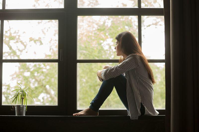 恋の危険信号?!恋愛依存症の特徴と恋人への依存の危険性を診断!