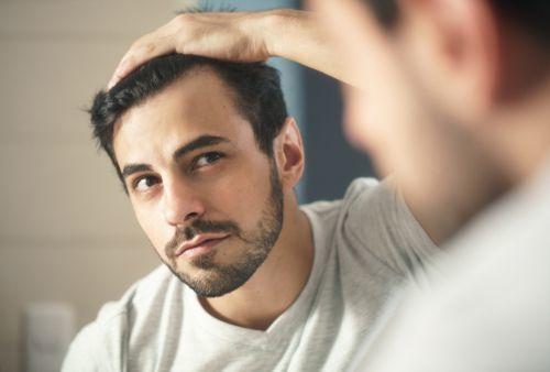 前髪の隙間もこれでカバー。ばっちりキメたい男性に贈るカバー術♪の5枚目の画像