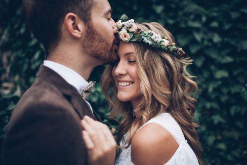 チェック必須♡<結婚式>に持っていくとよい持ち物14選の1枚目の画像