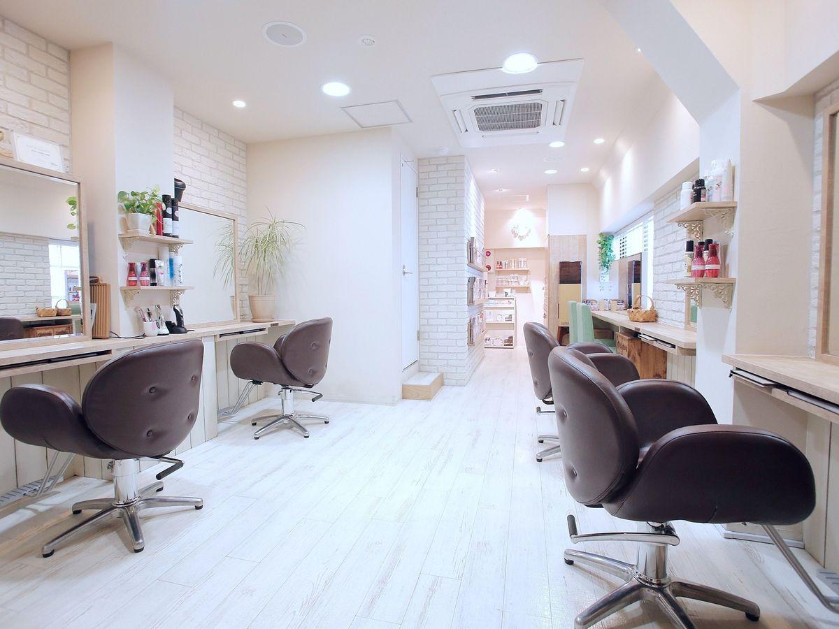 ヘアラウンジ アユン[Hair Lounge Ayung]