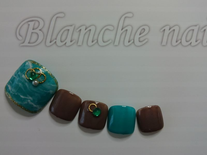 ブランシュネイル[Blanche Nail & School]