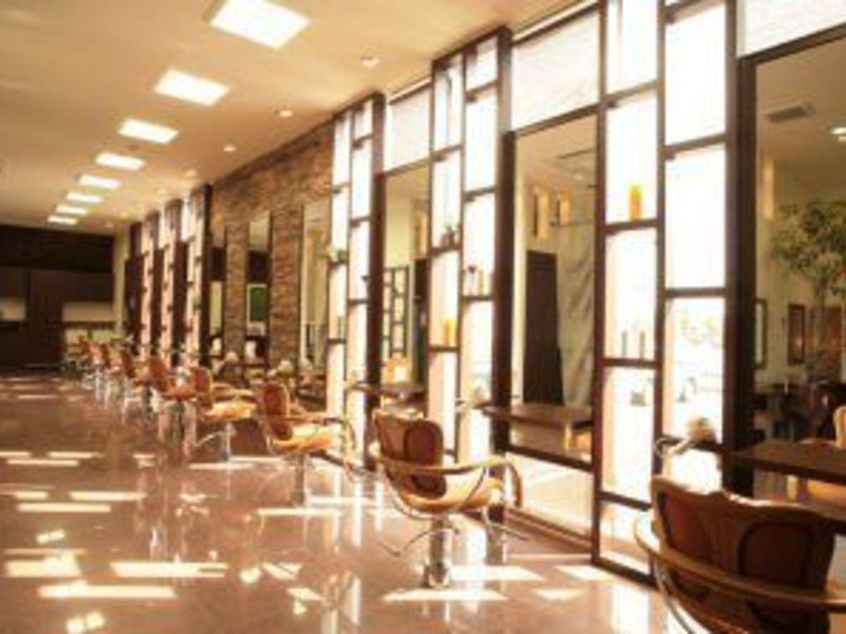 Hair studio CLiC 辰巳店