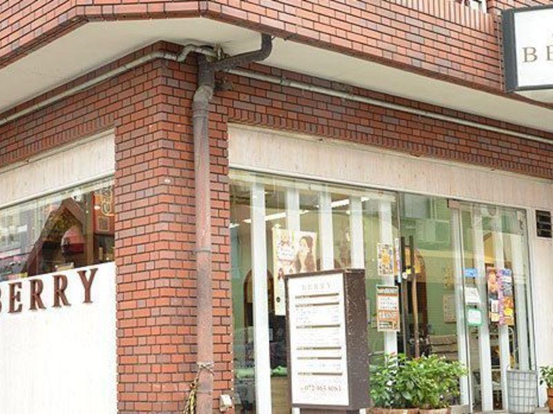 hairs BERRY 若江岩田店