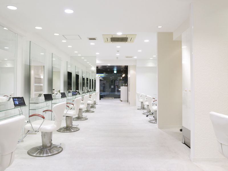アース 栄店[HAIR&MAKE EARTH]